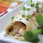 Chicken Enchiladas II Recipe and Video - No tomatoes in this recipe for chicken enchiladas, just a satisfying cheese and chicken filling with a creamy sauce over all. Kids love these and it's a great way to use leftover chicken. Best Enchiladas, Chicken Enchiladas, Mexican Enchiladas, Spinach Enchiladas, Cheese Enchiladas, Great Recipes, Dinner Recipes, Favorite Recipes, Gastronomia
