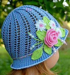 That's so pretty Hello girls, good night!  Hello girls. I share these two gorgeous children's crochet hats with you! They are not bea...