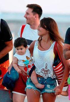 Messi, Antonella & Thiago