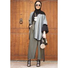 Leena Alghouti Modest Fashion Hijab, Casual Hijab Outfit, Abaya Fashion, Muslim Fashion, Modern Outfits, Chic Outfits, Fashion Outfits, Hijab Wear, Turban Outfit