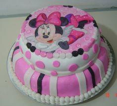 Minnie cake // torta de Minnie // Pastel de Minnie //  Vilma Reyes Tlf 0212 9435601 // 0416 4164005 // Caracas-Venezuela // (Pedidos por encargo)