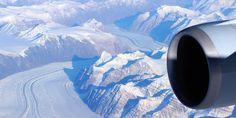 Grönland vom Himmel aus gesehen #hurtigruten #expditionskreuzfahrten #barefoottraveldesign