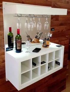 adega bar portataça suspenso c espelho e iluminação - branco Mini Bars, Canto Bar, Bar Sala, Barra Bar, Home Bar Designs, Kitchen Room Design, Wall Bar, Easy Home Decor, Game Room