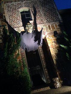 Hanna/Christianson Haunted Manor!