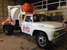 We need some Heavy Duty Truck Pics! 56 Ford Truck, Classic Ford Trucks, Old Ford Trucks, Ford Tractors, Small Trucks, Cool Trucks, Big Trucks, Cement Mixer Truck, Medium Duty Trucks