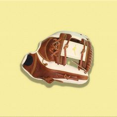 Step up and take the field more confidently with this 2019 Classic Pro Soft Series baseball glove. Fastpitch Softball Gloves, Baseball, Board, Classic, Sports, Gloves, Derby, Hs Sports, Sport