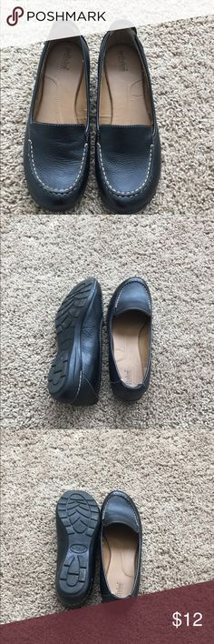 Softshoe by Medicus, size 7 Like new condition. Well padded for all day comfort. Color is black. Size 7 Shoes