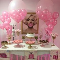 "Blog De Festas Infantis✨ on Instagram: ""Inspiração para festa adolescentes. By: @partyaren #DentroDaFesta. . . #party #ideias #festa #cake #design #sweet #cakelook #birthdaycake #decoracao #decoracaoinfantil #instagram #instacelebrate #instacake #instaparty #fiestainfantil #teen #teenager #woman #girl"""