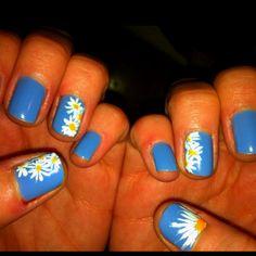Daisies! @Luna Duran  I <3 these :)