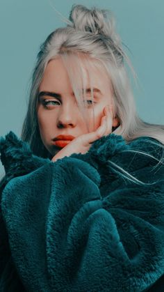futilités の music portrait of billie eilish allure style blue bleu mood Billie Eilish, Pretty People, Luhan, Ariana Grande, My Idol, Nicki Minaj, Celebs, Celebrities Hair, Phone Wallpapers