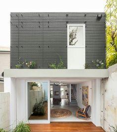 WEBSTA @ arqlilianlacerda - Imagina quando o verde tomar conta dessa fachada! Que linda!! 💕💕💕