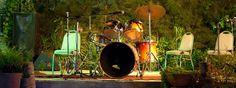 #JIMMY #DAKAR #SOUL #DOCUMENTAL #FILM - JIMMY DAKAR SOUL by Bammakoculture - Pape Niang es Batería, armonicista y cantante, enamorado del Soul, el Blues, la Salsa y el Rock Pape Niang, aún en activo, fue miembro importante de la escena musical de los 70. Ciego de nacimiento, hoy sigue alzando su voz por la integración de los discapacitados en la sociedad senegalesa.   +INFO: www.facebook.com/jimmydakarsoul  CAMPAÑA verkami www.verkami.com/projects/3947