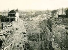 Building the Sydney Harbour Bridge - Bank Street looking towards Bay Road Dated: 22 May 1924 Sydney City, Sydney Harbour Bridge, The Rocks Sydney, Van Diemen's Land, Aboriginal History, Arch Bridge, Largest Countries, Street Look, Historical Pictures
