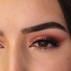 Augen Make-up Tutorial 2019 Makeup - makeup products - makeup tutorial - makeup tips - Source makeup Eye Makeup Tips, Makeup Goals, Makeup Hacks, Skin Makeup, Makeup Inspo, Flawless Makeup, Makeup Geek, Makeup Kit, Makeup Trends