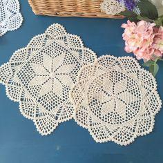 Lace Doilies, Crochet Doilies, Hand Crochet, Square Placemats, Crochet Table Mat, Doily Wedding, Lace Table, Shabby Chic Style, Vintage Crochet