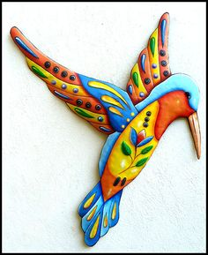 Painted Metal Art Hummingbird Wall Hanging door TropicAccents