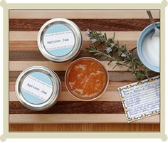 Free printable labels for your homemade treats.  Homemade preserves and jars of summer fruit make sweet year-round gifts for any occasion.  Add a beautiful label or to just about anything you whip up.