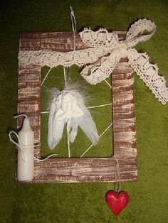 anielik v ramiku Ladder Decor, Christmas Ornaments, Holiday Decor, Home Decor, Xmas Ornaments, Homemade Home Decor, Christmas Jewelry, Christmas Baubles, Decoration Home