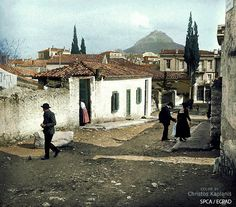 Old Photographs, Louvre, Street View, Mansions, House Styles, Building, Travel, Greece, Viajes