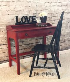 Vintage desk painted in Annie Sloan's Empire Red with a Black distressed chair. Furniture Market, My Furniture, Recycled Furniture, Furniture Makeover, Painted Furniture, Distressed Chair, West Jefferson, Love Painting, Corner Desk