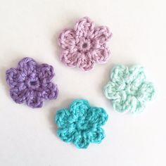 Crochet Crafts, Yarn Crafts, Diy Crafts, Coffee Crafts, Flower Crafts, Crochet Flowers, Tatting, Crochet Earrings, Crochet Patterns