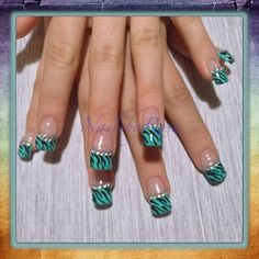 Instagram photo of acrylic nails by Rosa Vargas