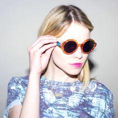 La gafa.
