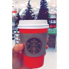 Seriously, can it get more magical than this?! | 10 Reasons The Starbucks Red Cup Is The Most Magical Thing Ever
