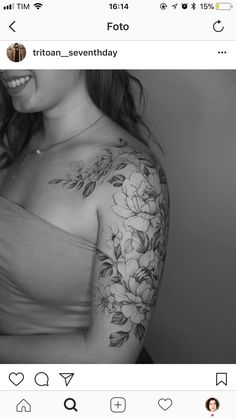 50 Arm Floral Tattoo Designs For Women 2019 - Page 25 of 50 - Chic Hostess Flower Tattoo Designs, Tattoo Designs For Women, Tattoos For Women, Tattoos For Guys, Flower Tattoos On Arm, Floral Arm Tattoo, Pretty Tattoos, Cute Tattoos, Body Art Tattoos