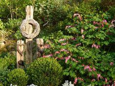 Make garden ideas yourself Garden ideas yourself - Gartenkunst Types Of Soil, Types Of Plants, Back Gardens, Outdoor Gardens, Interior Design Examples, Garden Solutions, Hydrangea Care, Natural Garden, Belle Photo