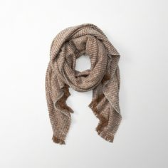 Abercrombie & Fitch Woven Blanket Scarf ($38) ❤ liked on Polyvore featuring accessories, scarves, brown, fringe scarves, fringe shawl, brown scarves, brown shawl and braided scarves