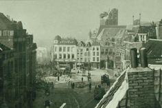 Grote Markt, kort na het bombardement op de binnenstad op 22 februari 1944.