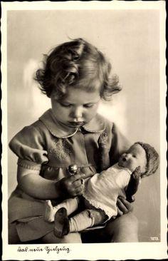 Ak Hab mein Spielzeug, Mädchen mit Lolli und Puppe, 1213   eBay