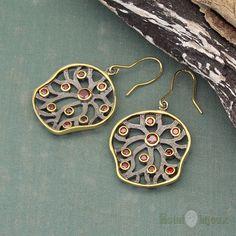 Orecchini con Rubini in Argento www.estelbijoux.it  #orecchini #argento #rubino #silver #earrings #ruby