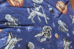 Space Theme Vintage Bedding Duvet Cover and Pillowcase Upcycling Material Spaceships & Spacemen by AtticBazaar on Etsy Apollo Missions, Space Race, Retro Fabric, Bed Duvet Covers, Space Theme, Vintage Bedding, Daydream, Science Fiction, Repurposed