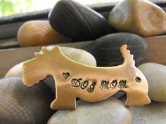 Dog Mom Keychain by patsdesign on Etsy, $7.00