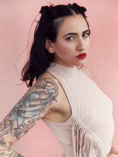 fall in love with christina curry | read | i-D