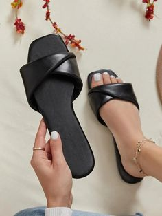 Slipper Sandals, Sliders, Shopping Bag, Fashion Shoes, Footwear, Pearls, Leather, Bags, Usa