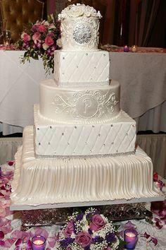 White and Gold Wedding. bling wedding cake