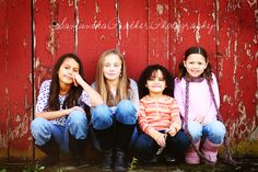 siblings picture pose idea