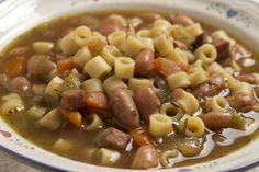 Combattete il freddo con la tradizionale pasta e fagioli