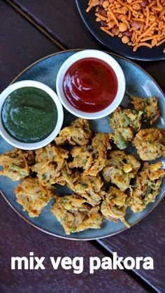veg pakora recipe, mix veg pakoda, mixed vegetable pakora, mix pakora with step by step photo/video. easy & simple deep fried snack recipe with choice of veggies in besan batter. Spicy Recipes, Appetizer Recipes, Vegetarian Recipes, Cooking Recipes, Veg Food Recipes, Maggi Recipes, Veggie Food, Vegetable Recipes, Beef Recipes