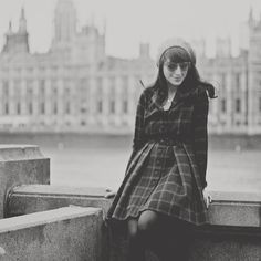 New post with my last pictures from London wearing a very special #rosaspinavintagehandmade winter dress. Link in profile!  #london #westminster instagrammed by ale_rosaspina