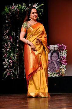 30 Hema Malini Ideas Hema Malini Saree Indian Outfits