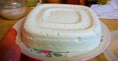 Mira que sencillo es hacer queso en casa utilizando un litro de leche, un yogur y un limón