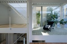 miurashin architect + associates: 43base