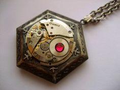 KoollooK®: Locket Necklace
