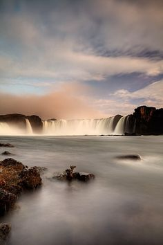 ^Goðafoss, Iceland   ..rh