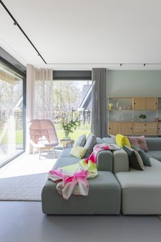 Living Area, Living Spaces, Living Room, Modern Interior, Interior Architecture, Hamptons Style Bedrooms, Modern Curtains, Best Sofa, Funky Furniture