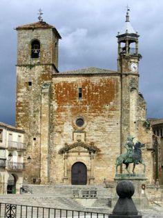 Iglesia de San Martín de Tours - Trujillo, Cáceres  www.fotoviajero.com